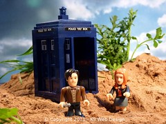 Doctor Who with Amy on the Beach