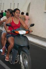 Mulheres na moto (vandevoern) Tags: brasil moto carro criana festa aparecida piripiri piaui trnsito cuidado motorista proteo remdio festejo vandevoern