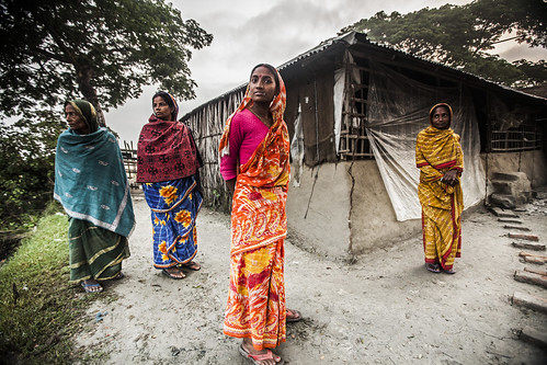 Women in Khulna, Bangladesh. Photo by Felix Clay/Duckrabbit.