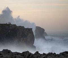 Watching waves (elosoenpersona) Tags: sea people espaa storm mar big spain waves gente watching marejada asturias cliffs olas acantilado pria cantabrico galerna cantabric bufones elosoenpersona ciclogenesis