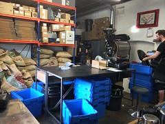 Nude Expresso Roastery (phil_male) Tags: london coffee coffeeshop bricklane abouttown nudeexpresso