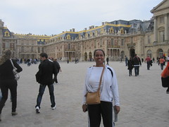 "paris 057 <a style=""margin-left:10px; font-size:0.8em;"" href=""http://www.flickr.com/photos/104703188@N06/13116733563/"" target=""_blank"">@flickr</a>"