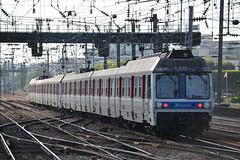 SNCF Transilien 6531 - 6532 (Will Swain) Tags: travel france seine train de french europe north transport july rail railway des sur 9th railways franais asnieres socit parisian fer sncf nationale transilien 2015 chemins 6531 6532
