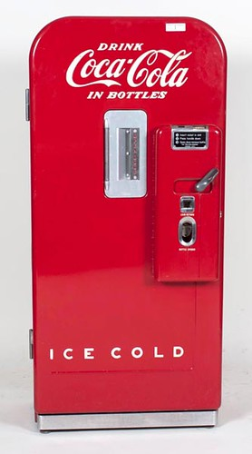 Vendo 39 10 Cent Coca-Cola Drink Machine ($1,904.00)