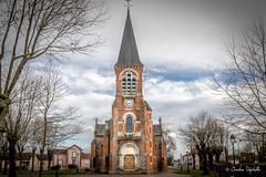 Eglise de MOLINET 03 (☆ Christian ...) Tags: allier molinet auvergnerhônealpes france fr eglisecontemporaine canoneos5dmarkiv auvergne ciel tamronsp2470mmf28usdvcdi nuages nuageux bris rouge architectue europe