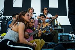 Madrid: Plaza de la Cebada (4) (Hans Dethmers) Tags: madrid plazadelacebada music musician guitar gitaar man men woman vrouw hansdethmers streetmusician