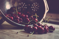 time for cherries... (clo dallas) Tags: red june juni canon cherries time giugno rosso ciliegie kirschen clodallas
