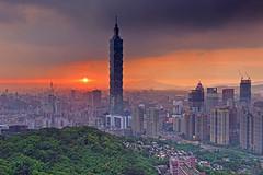 sunset Taipei 101 (Thunderbolt_TW) Tags: city sunset urban cloud building fog skyline architecture night skyscraper canon landscape haze cityscape taiwan 101  getty taipei nightview taipei101      hdr  hy gettyimages bai  101   elephantmt  5d2  hybai