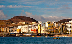 Las Palmas de Gran Canaria (potomo) Tags: city winter canon landscape island eos town spain europe capital 5d canary potomo michelesolmi