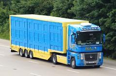 Renault Magnum 12-WH-1592 - TLT International (gylesnikki) Tags: blue ireland irish truck kent international artic magnum m20 tlt