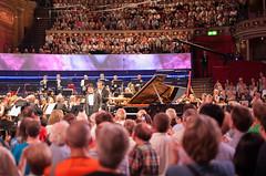 Nobuyuki Tsujii, le pianiste aveugle (Amanda Alessandrine) Tags: summer london royalalberthall picnic babies blind piano bbc jeanne proms 2013 nobuyukitsujii