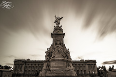 Queen of the manor (Umbreen Hafeez) Tags: city uk light england bw white black building london statue architecture clouds mono blackwhite memorial europe long exposure cityscape low royal palace victoria queen gb buckingham royality