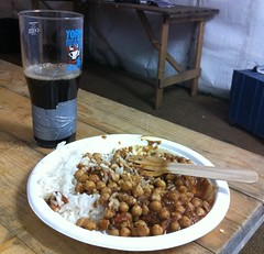 Chickpea curry with Brass Castle Wallop (Vegefoodie) Tags: vegan veganbeer stingo yorkbeerfestival brasscastlebrewery