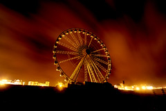 Storm Ahoy (abnormally average) Tags: cloud wheel night brighton ferriswheel poot noctography abnormallyaverage pootar