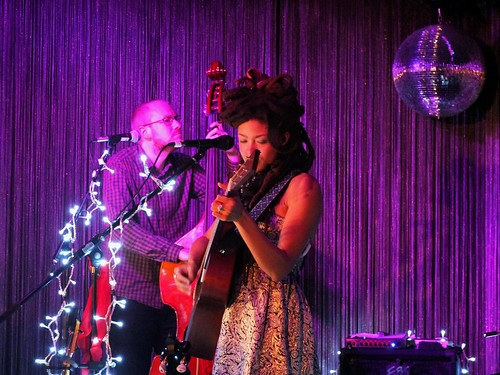 Valerie June live im Stage Club