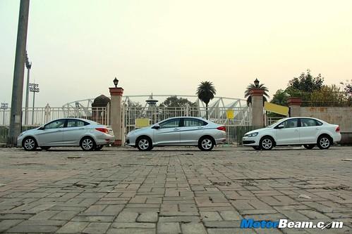 Hyundai-Verna-vs-Honda-City-vs-Volkswagen-Vento-07