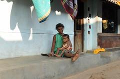 Woman & Child (sillie_R) Tags: india orissa
