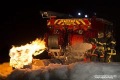 à l'assaut des flammes (Vianney Vaubourg) Tags: nikon camion nikkor flamme 70200 f28 feu mousse pompiers vrii su800 sb900 d3s sb700 sb910