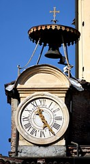 Torino - Chiesa di San Lorenzo (ikimuled) Tags: centroest piazzacastello sanlorenzo orologi