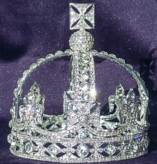 Queen Victoria's small diamond crown, copy fake replica faux, The Crown Jewels, Tower of London. (chriscarr49) Tags: queen victorias small diamond crown fake copy replica faux the jewels tower london diamonds circlet garrard co cullinan prince albert her majesty elizabeth fleur de lis victoria kohinoor miniature victorian era imperial state petite veil silver collet pattée monde royal collection 1870 1871