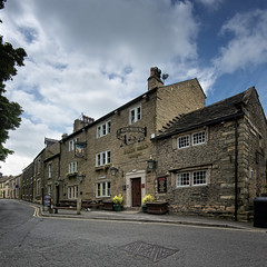 Bulls Head (JEFF CARR IMAGES) Tags: derbyshire glossop northofengland stonebuilt englishvillages