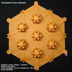 tessfxdiam (LydiaDiard paperfolledingue) Tags: art geometric paper 3d origami hexagon tessellation tesselation paperfolding volume volum tant lydiard géométrique pliage hexagone pliagedepapier lydiadiard paperfolledingue