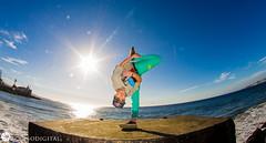 BBoy Goma (Axel Garrido Fotos) Tags: chile beach canon flow fly dance freestyle dancing d fisheye cielo hiphop rap breakdance flex breakdancing bboy bboying fisheyelens freez rokinon canont3 canon1100d flexibily