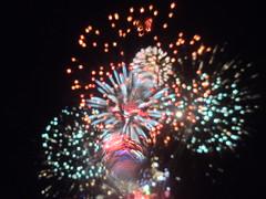 Milton Keynes (DarloRich2009) Tags: miltonkeynes fireworks buckinghamshire explosion mk guyfawkesnight campbellpark miltonkeynesfireworks bionfirenight