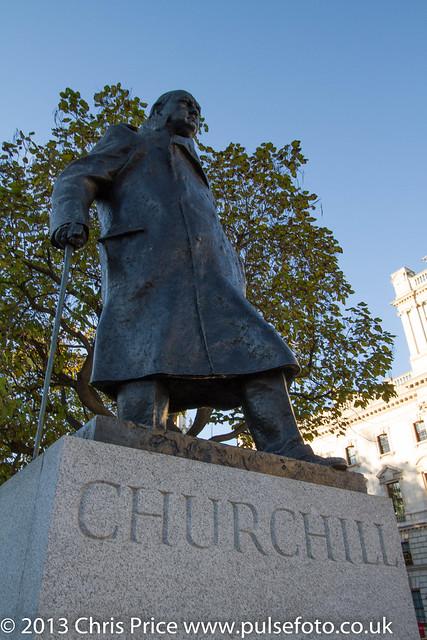 Chrurchill Statue, Parliament Square, London