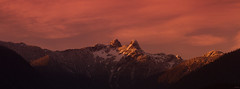 The Lions (markvcr) Tags: sunset mountains vancouver gate ngc lions lionsgate sbow sunrays5