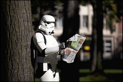 lecture (zolgy) Tags: portrait fashion starwars model stormtrooper mode guerredestoiles slection