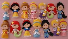 TODAS AS PRINCESINHAS JUNTAS! (Feltronia by Bia Leira) Tags: felt disney feltro festa coroa pérola chaveiro princesas feltronia bialeira