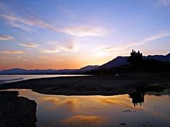 Reflejos en la costa (Antonio Chacon) Tags: sunset espaa atardecer mar spain andalucia costadelsol mediterrneo mlaga marbella
