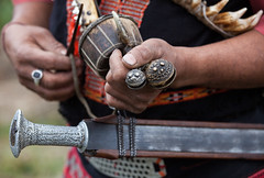 Lower Dibang Valley : Aliney #10 (foto_morgana) Tags: people india asia hand native traditional tribal sword tribe ethnic anini ethnicity traditionalculture etnia traditionnel arunachalpradesh traditioneel ethnie idumishmi lowerdibangvalley etniciteit keraah yidulhoba