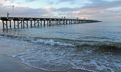 Urangan Jetty, Hervey Bay (Sim.B) Tags: seascape beach pier jetty queensland herveybay ranganpier