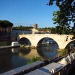 "Ponte Sisto <a style=""margin-left:10px; font-size:0.8em;"" href=""http://www.flickr.com/photos/14315427@N00/9362739341/"" target=""_blank"">@flickr</a>"