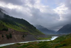 Sind River, Sonamarg, Kashmir, India (Nilanjan Sasmal) Tags: morning cloud rain river hotel august glacier monsoon kashmir sind sindhu sindh height indus jammuandkashmir sonamarg zojila