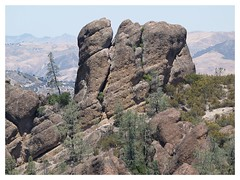 (dkrish) Tags: california rocks hiking olympus hills weathered zuiko pinnacles evolt e330 1454mmf2835