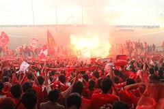 flare (kha twentie) Tags: club liverpool big flare fans reds kebersamaan