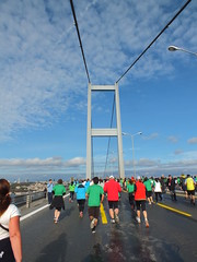 Bosphorus Bridge (CyberMacs) Tags: bridge sea sport architecture turkey construction asia marathon trkiye run istanbul activity suspensionbridge deniz bosphorus maraton kpr eurasia runnin bosporus bogaz eurpe boaziikprs bosphorusstrait steelbidge turkez istanbulmarathon maratonistanbul constatinapole