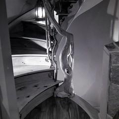 Spiral Staircase in cabin (bac1967) Tags: camera white black 120 mamiya tlr film print lens kodak tmax iso400 olympus professional negative 400 photographed developed omd 1100 tmy c3 profesional 128 80mm semistand mamiyasekor adonal em5