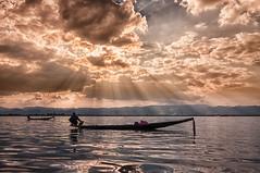 Myanmar (@lain G) Tags: soleil day cloudy lac myanmar pirogue birmanie pécheur lacinlé inlélake