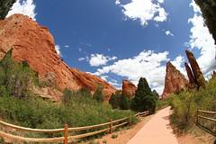 (Andy Hollingsworth) Tags: sky cloud rock colorado gardenofthegods redrock