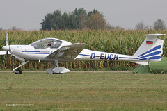 D-EUCH - 1994 build Diamond DV20 Katana 100, taxiing at Tannheim during Tannkosh 2013 (egcc) Tags: whisper diamond 100 katana tannheim hoac 2013 20083 dv20 deuch tannkosh edmt