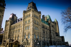 Parliment (nszkarlat) Tags: winter sun ontario canada building canon photography ottawa t3 1855 parliment