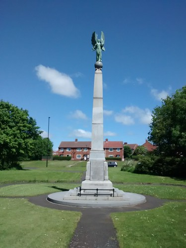 Statue at Holy Cross war memorial, Wallsend