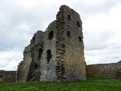 Auchindoun Castle Interior(2), near Dufftown, Banffshire, July 2015, Explored (allanmaciver) Tags: castle interior visit historic walls thick height sturdy dufftown auchindoun inposing allanmaciver