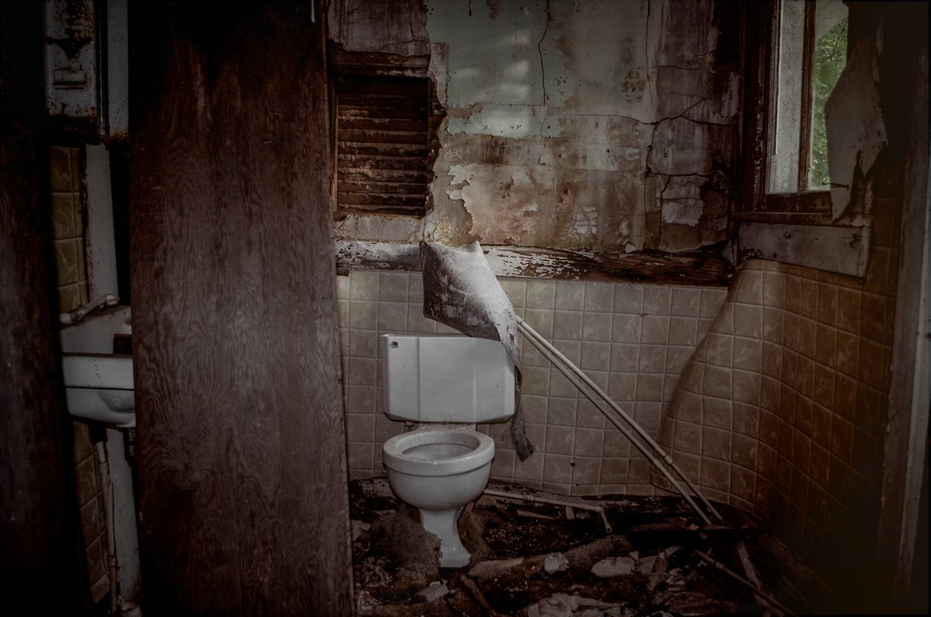 The World's Best Photos of abandoned and restroom - Flickr ...