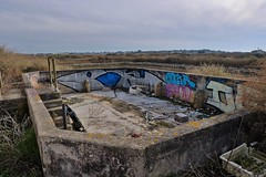 Urbex Angoulins sur mer (thierry llansades) Tags: angoulins angoulinssurmer urbex 2017 parc ostreicole abandon abandonned chay barbette plage 17 aunis larochelle charente charentemaritime grue grues camion camions ruine ruines