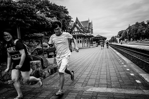 Rush time at Hua Hin Railway Station | Bangkok 2016